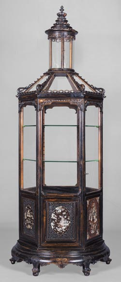 Display cabinet of Far Eastern inspiration, hexagonal form-0