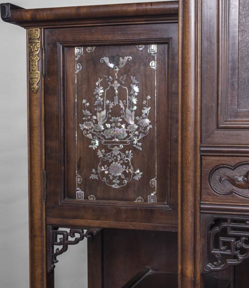 Gabirel VIARDOT (1830-1906) - Japanese style shelf cabinet with mother of pearl decoration-7