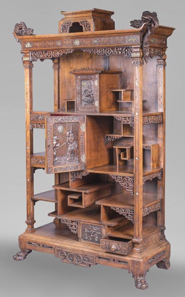 Cabinet with shelves inspired by the Far East-1