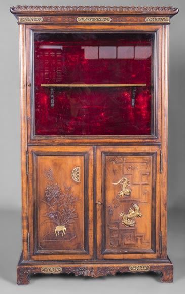Display cabinet with Far Eastern decoration in the style of Gabriel Viardot (1830-1906)-0