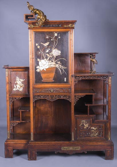 Gabriel VIARDOT (1830-1906) - Large Japanese cabinet with Foo dog-0