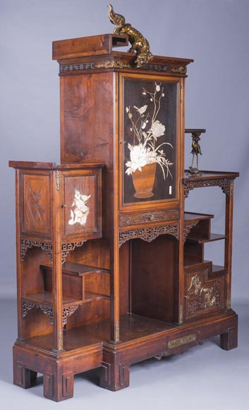 Gabriel VIARDOT (1830-1906) - Large Japanese cabinet with Foo dog-1