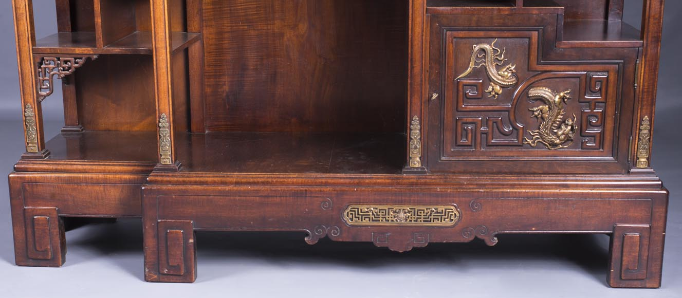Gabriel VIARDOT (1830-1906) - Large Japanese cabinet with Foo dog-3