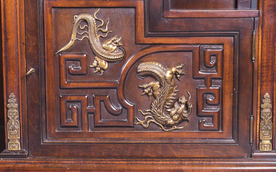 Gabriel VIARDOT (1830-1906) - Large Japanese cabinet with Foo dog-9