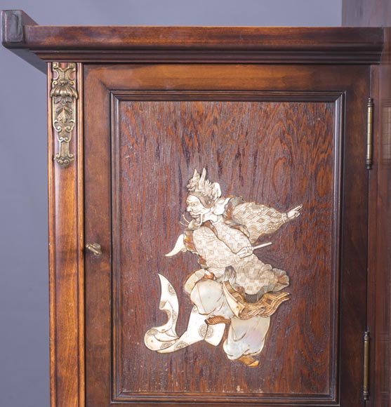Gabriel VIARDOT (1830-1906) - Large Japanese cabinet with Foo dog-11