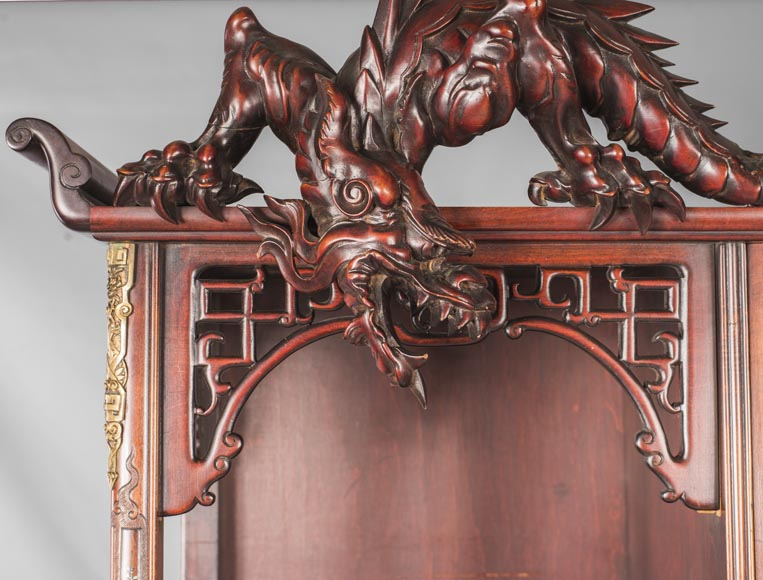 Display cabinet inspired by the Far East-16