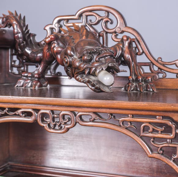 Important japanese style pedestal desk with dragons decoration-10