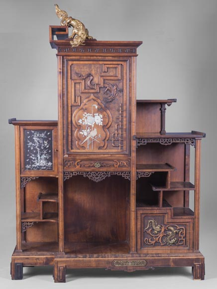 Gabriel VIARDOT (1830-1906) - Japanese style shelf unit with dragon and Foo dog-0