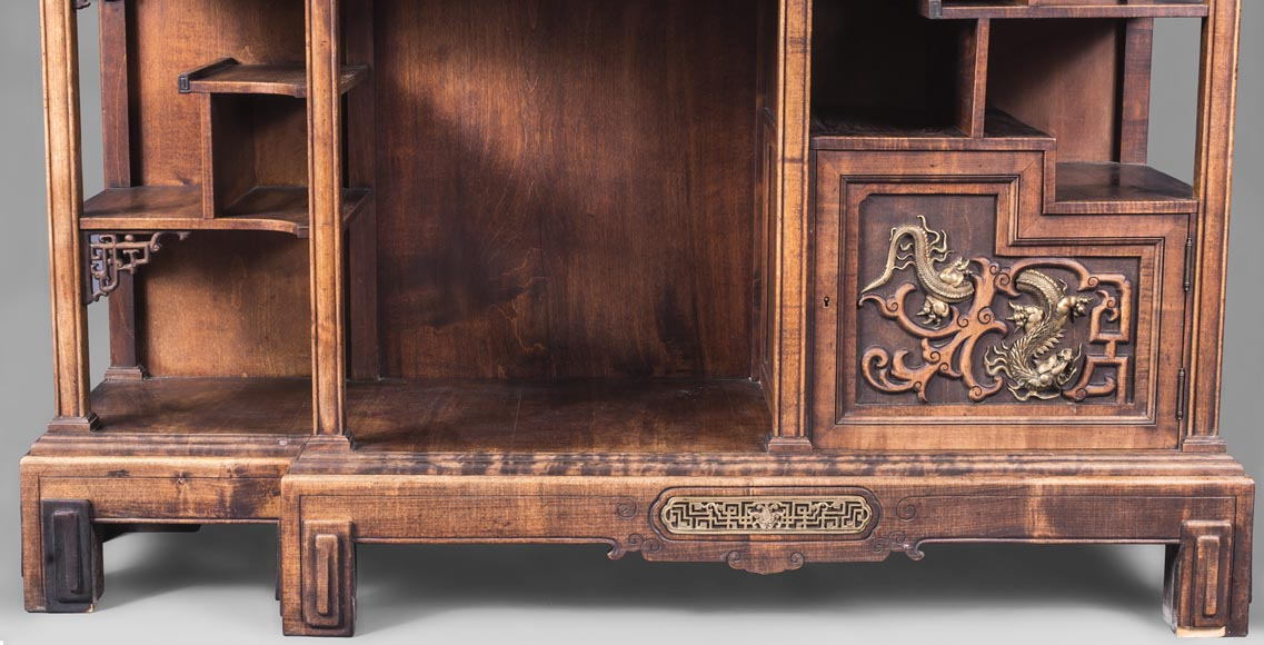 Gabriel VIARDOT (1830-1906) - Japanese style shelf unit with dragon and Foo dog-4