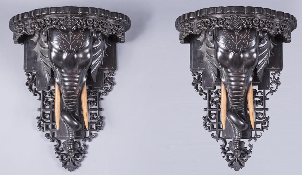 Maison des Bambous Alfred PERRET et Ernest VIBERT (attributed to) - Pair of wall brackets with elephant head-0