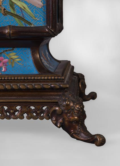 CREIL-MONTEREAU FACTORY (attributed to) - Mantel garniture in the japanese taste with trompe l'oeil cloisonné-4