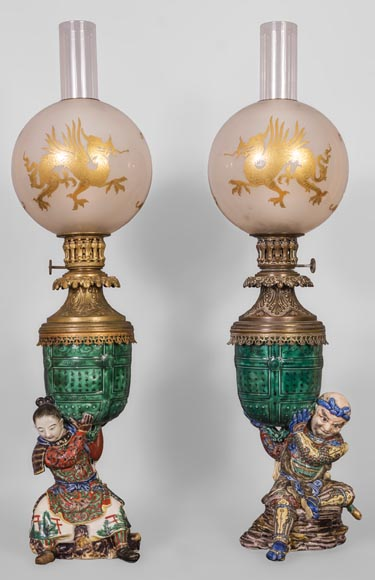 Pair of kerosene lamps with samourai-0