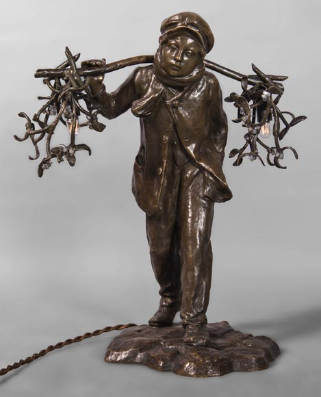 Antoine BOFILL (actif 1894-1939) - Young mistletoe carrier, bronze sculpture with brown patina -0