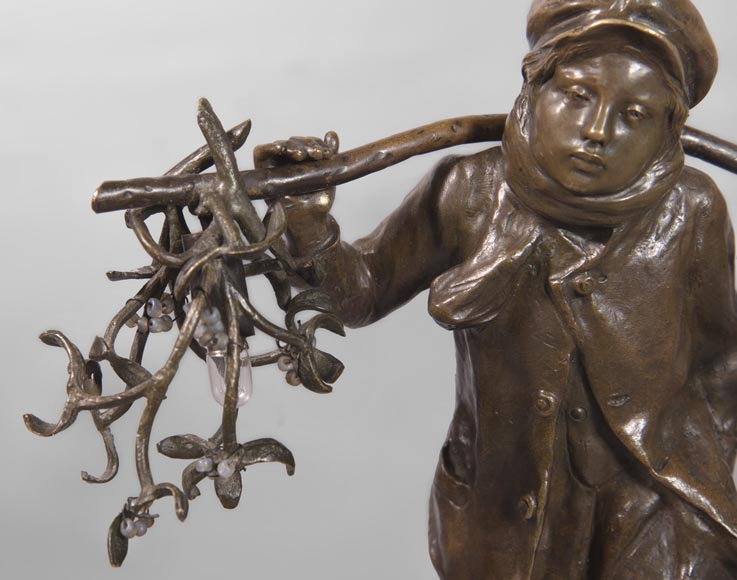 Antoine BOFILL (actif 1894-1939) - Young mistletoe carrier, bronze sculpture with brown patina -3
