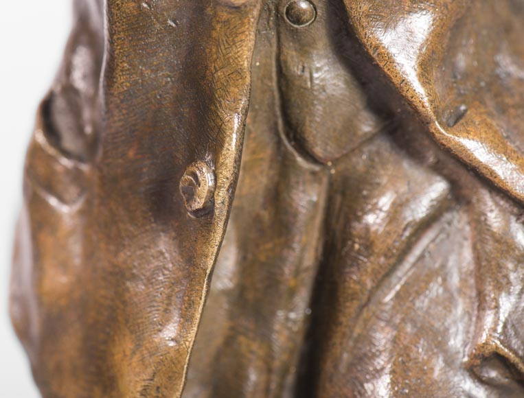 Antoine BOFILL (actif 1894-1939) - Young mistletoe carrier, bronze sculpture with brown patina -5