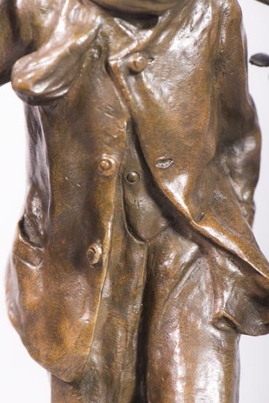 Antoine BOFILL (actif 1894-1939) - Young mistletoe carrier, bronze sculpture with brown patina -6
