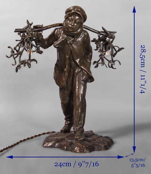Antoine BOFILL (actif 1894-1939) - Young mistletoe carrier, bronze sculpture with brown patina -11
