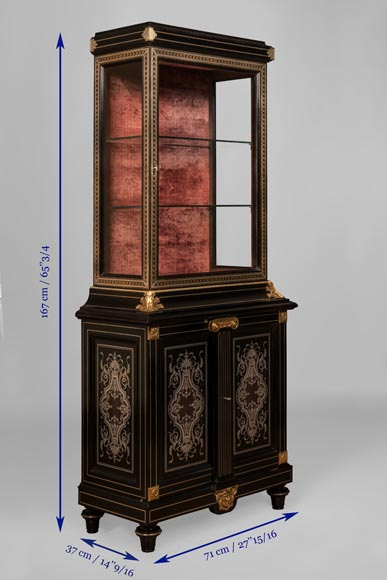 L'ESCALIER DE CRISTAL - Display cabinet in metal marquetry and bronze ornaments-9