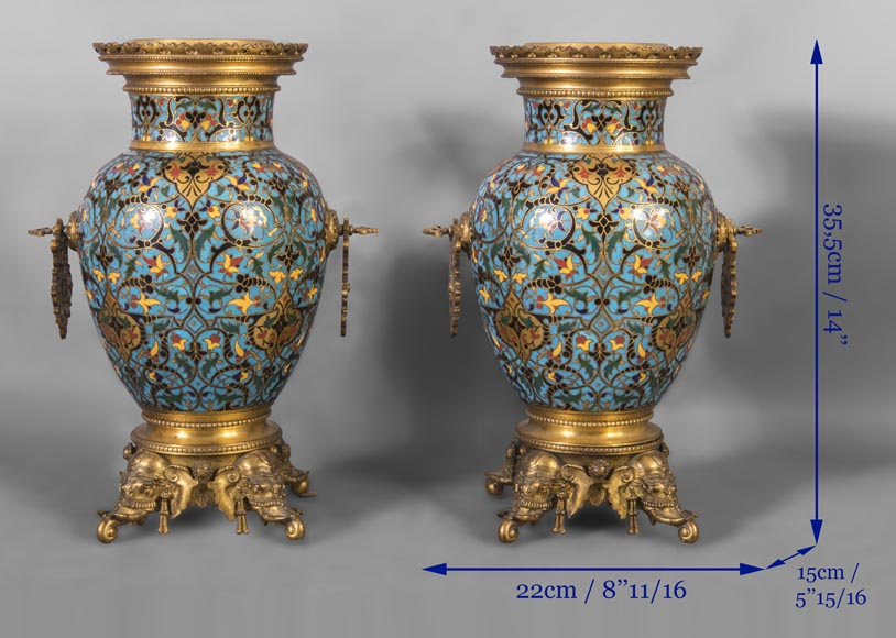 Beautiful pair of Orientalist style vases in cloisonné enamels after a model by Edouard Lièvre-9
