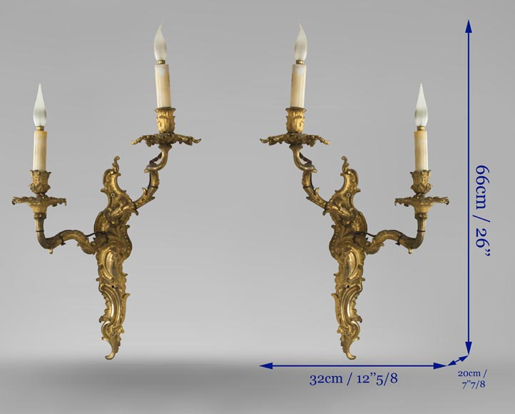 Pair of Louis XV gilded bronze wall lights-4