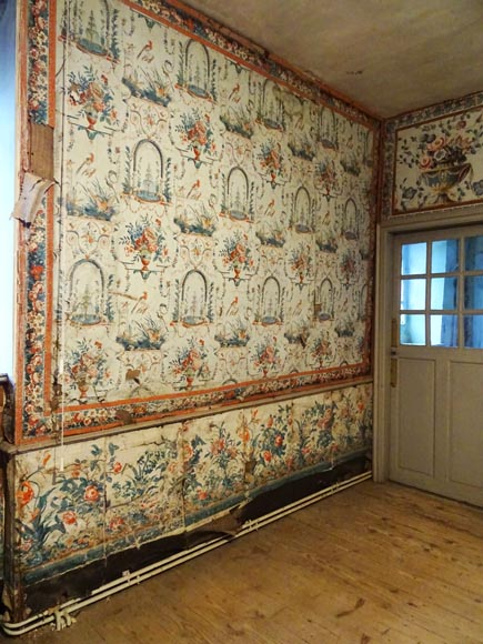 A beautiful set of polychrome wallpaper from a room-3