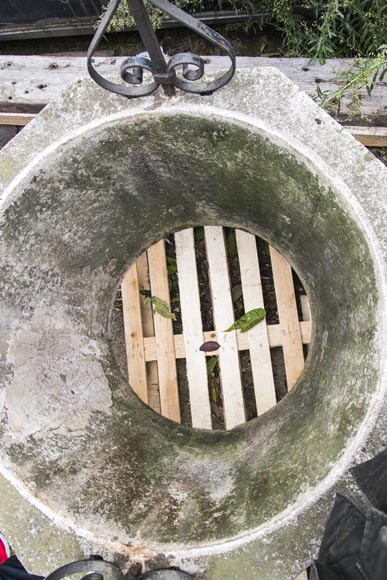 Stone well, with its base, its cover and its wrought iron frame-4