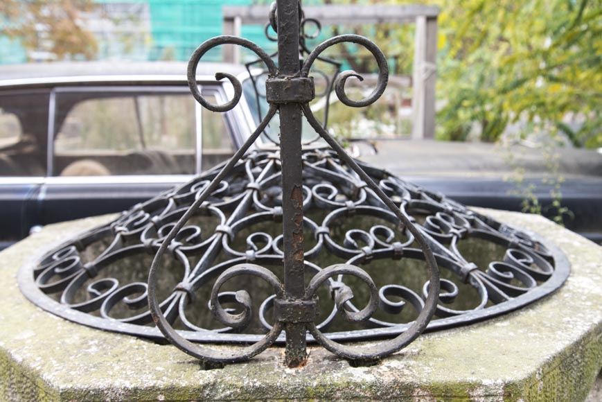 Stone well, with its base, its cover and its wrought iron frame-5