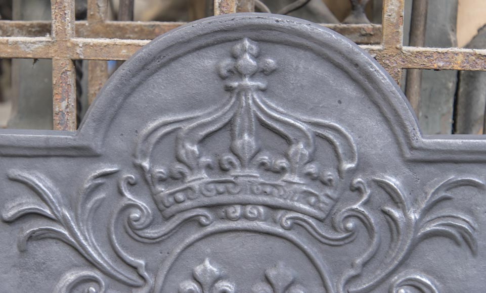 Little cast iron fireback with the French coat of arms-1