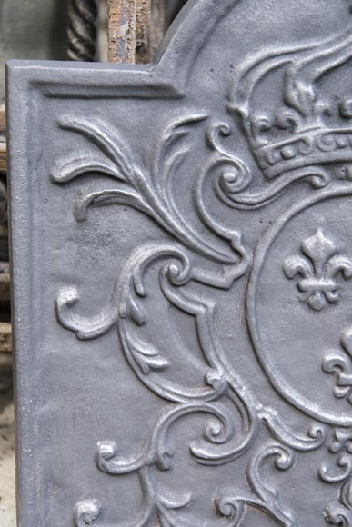 Little cast iron fireback with the French coat of arms-3