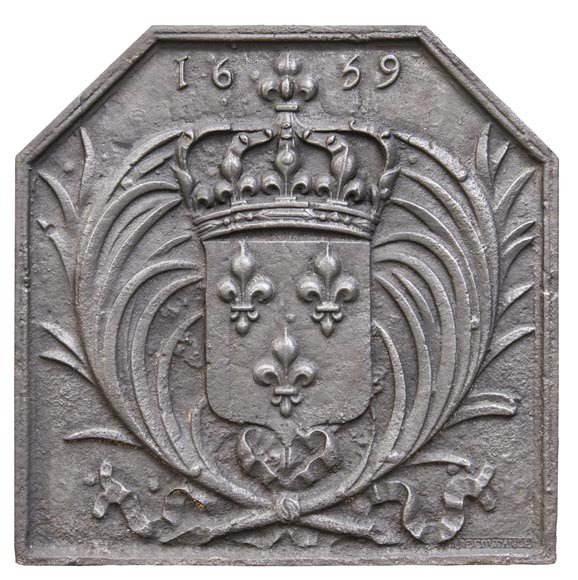 Cast iron fireback with the French coat of arms-0