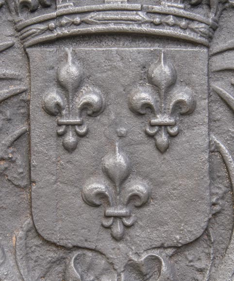 Cast iron fireback with the French coat of arms-2