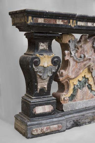 Pair of Baroque style balustrades in polychrome marble-11