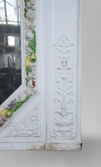 Napoleon III style overmantel pierglass with carved decoration of a garland of fruits-6