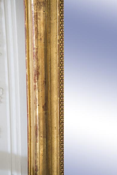 Louis-Philippe style trumeau made out of gilded stucco and wood with pearl decoration -2