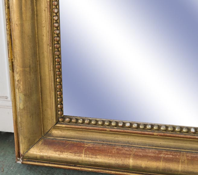 Louis-Philippe style trumeau made out of gilded stucco and wood with pearl decoration -4