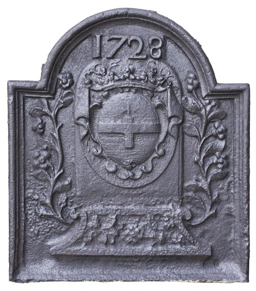 Fireback with La Porte-Mazarin family's coat of arms dated 1728-0