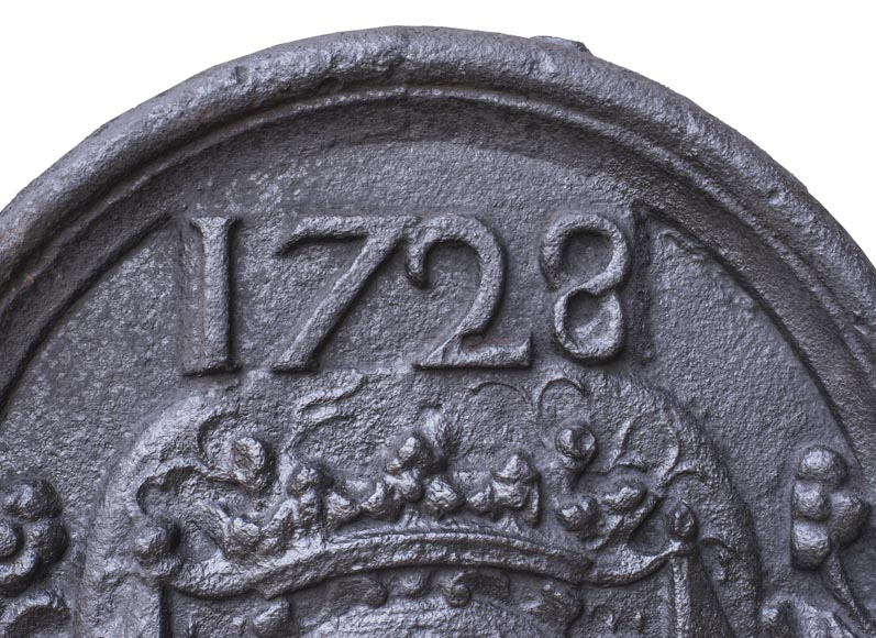Fireback with La Porte-Mazarin family's coat of arms dated 1728-1