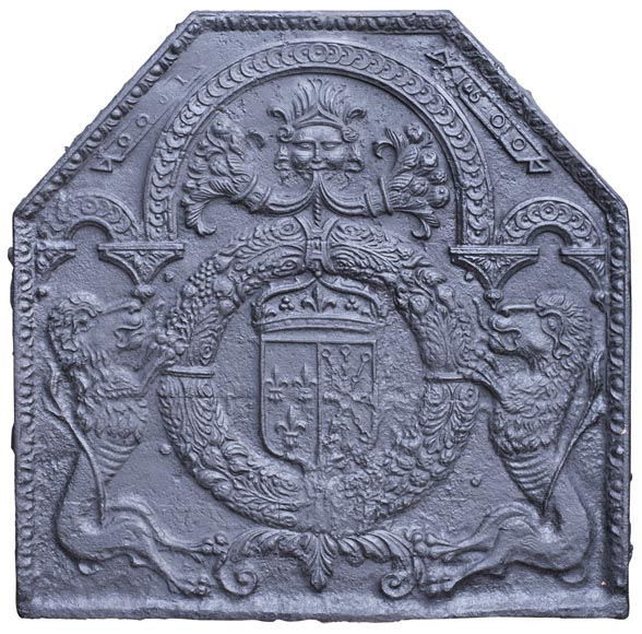 18th century fireback with French arms and lions-0