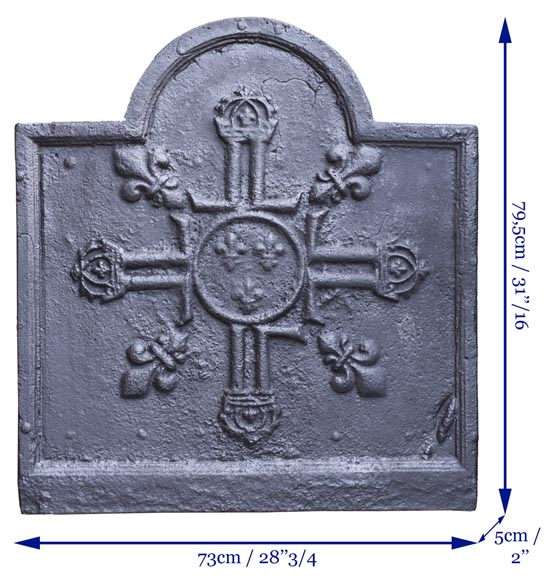 Cast iron fireback from the 17th century with French royal coat of arms-5