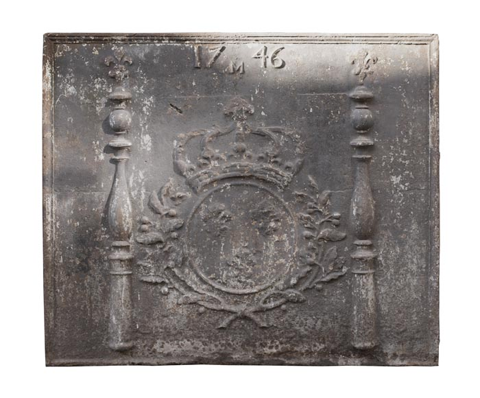 Large 18th century fireback with French arms-0