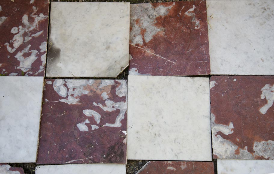 Marble floor composed of checkered floors in Carrara and Rouge du Languedoc-1