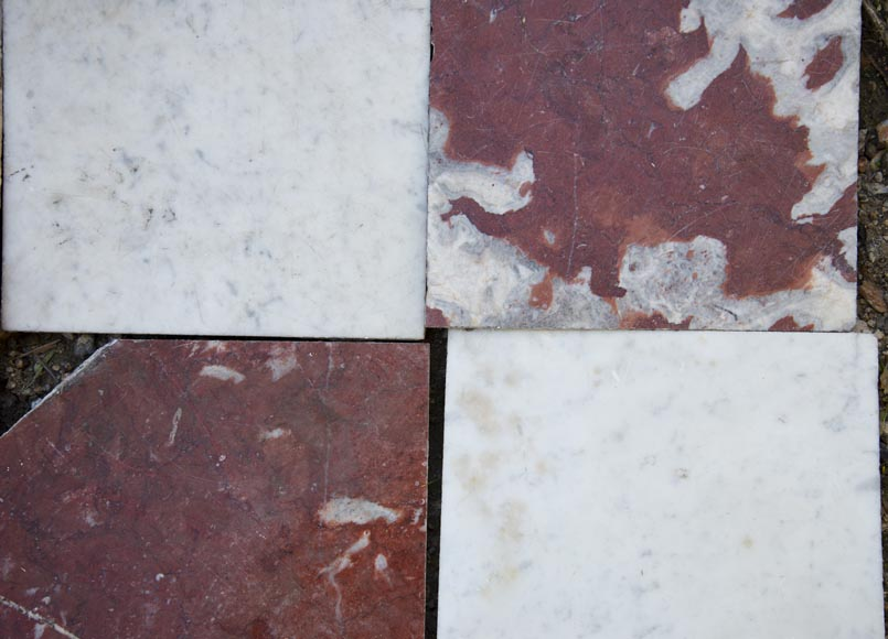 Marble floor composed of checkered floors in Carrara and Rouge du Languedoc-2
