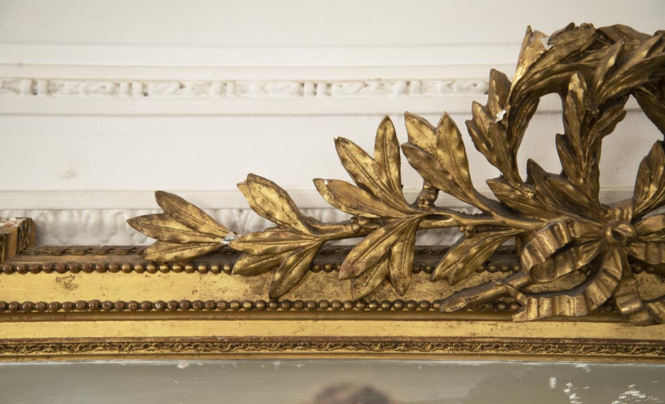 Antique Louis XVI style gilded trumeau decorated with a laurel wreath-3