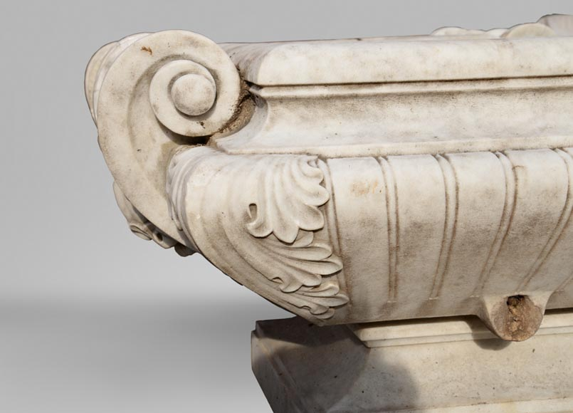 Pair of planters in Carrara marble in the Napoleon III style-2