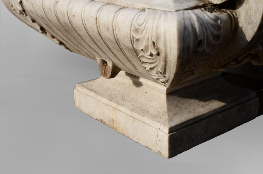 Pair of planters in Carrara marble in the Napoleon III style-3