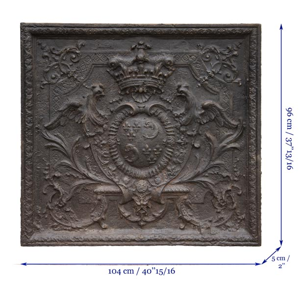 Exceptional fireback from the Regency period with the arms of the Dauphin of France-11