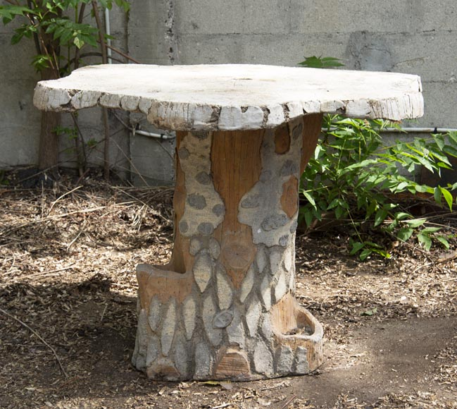 Rocaille style garden table made out of cement-1