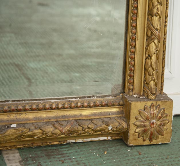Antique gilded Trumeau, Napoleon III style, with a bevelled mirror-5