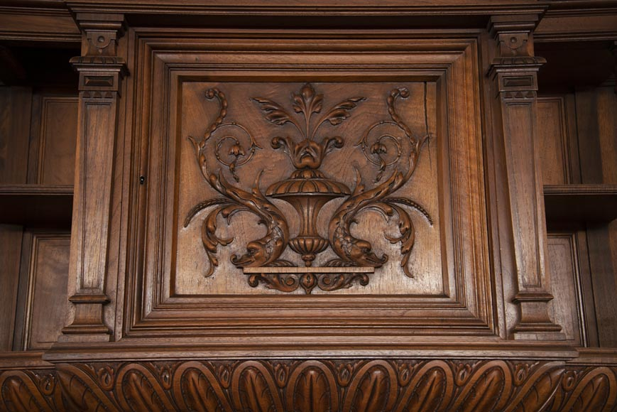 Neo-Renaissance style cupboard in walnut carved with portraits in medallions-2