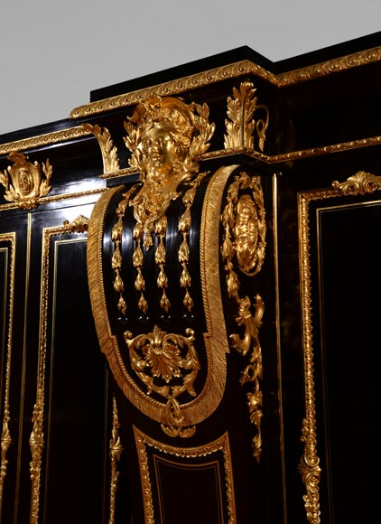 Alexandre BELLANGÉ - Important cupboard, ebony veneer and gilded bronze, coming from the Chateau of Dampierre-6